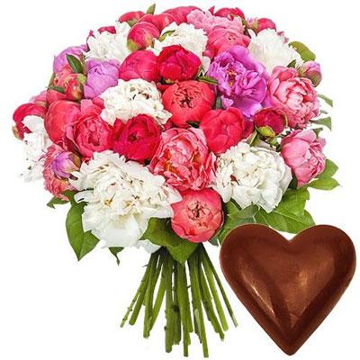 livraison de cadeau gourmand 40 pivoines coeur en chocolat par florajet livraison. Black Bedroom Furniture Sets. Home Design Ideas