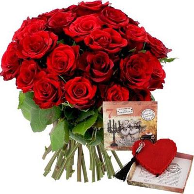 Livraison du bouquet de roses 40 roses rouges savon coeur coeur chocolat par florajet - Bouquet de roses en forme de coeur ...