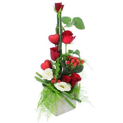 Livraison de la composition florale amour ambassadrice - Composition florale de noel originale ...