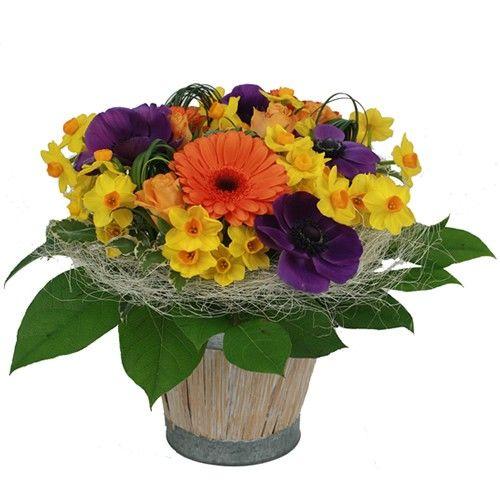 Livraison de la composition florale puits d amour par for Livraison composition florale