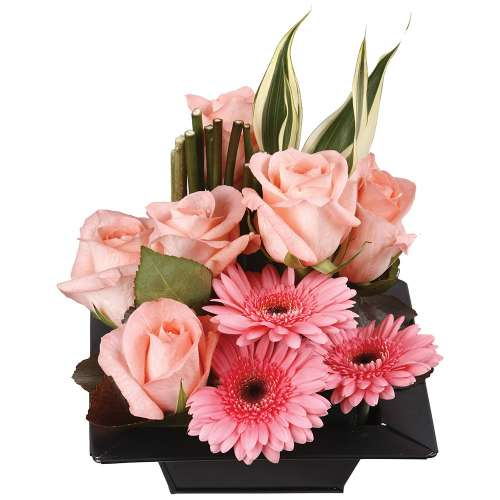 Livraison de la composition florale anniversaire acaera - Composition florale anniversaire ...