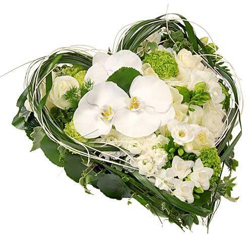 coeur de deuil fleurs blanches livraison express florajet. Black Bedroom Furniture Sets. Home Design Ideas