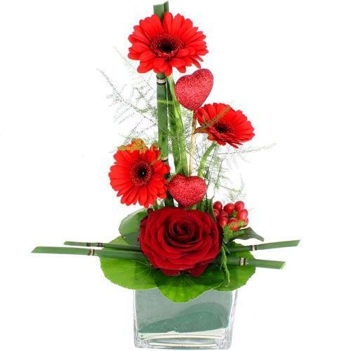 Livraison de la composition florale surprise par florajet for Livraison composition florale